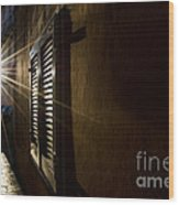 Window In An Alley With Sunlight Wood Print