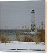 Winter At Frankfort Lighthouse Wood Print