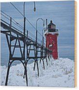 Winter At South Haven Lighthouse Wood Print
