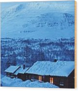 Winter Cabin Arctic Alpinglow Wood Print