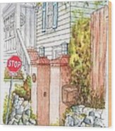 Two Pillars And A Mail Box In Mt. Olympus - Hollywood Hills - California Wood Print