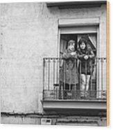 Women In Balcony Wood Print