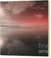 Woolacombe Beach In Red  Wood Print