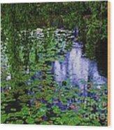 Vancouver, Yat Sen Park In The Rain Wood Print