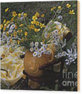 Yellow And White Flowers Wood Print
