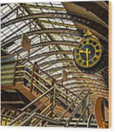 York Railway Station Wood Print