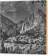 Yosemite Falls - Bw Wood Print