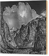 Yosemite Valley From Tunnel Wood Print