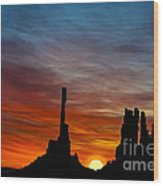 A New Day At The Totem Poles Wood Print