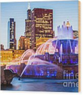 Chicago Skyline At Night With Buckingham Fountain Wood Print by Paul Velgos