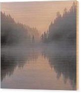Dawn On The Yellowstone River Wood Print