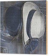 Deux Chapeaux Wood Print