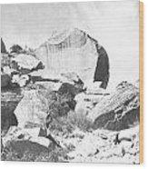 Giant Sandstone Boulders Wood Print