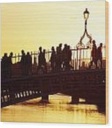 Hapenny Bridge, Dublin, Co Dublin Wood Print