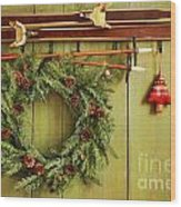 Old Pair Of Skis Hanging With Wreath Wood Print