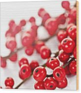 Red Christmas Berries Wood Print