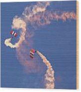 Red Devils Free Fall Parachute Team Wood Print