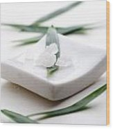 White Bath Salt Wood Print