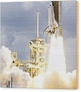 Space Shuttle Atlantis Lifts Wood Print