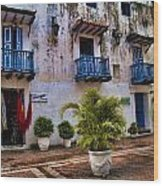 Colonial Buildings In Old Cartagena Colombia Wood Print by David Smith