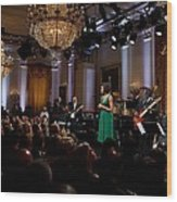 First Lady Michelle Obama Speaks Wood Print by Everett