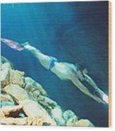 Free-diver Wood Print