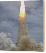 Space Shuttle Atlantis Lifts Wood Print