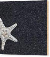 Starfish On Black Sand Wood Print by Joana Kruse