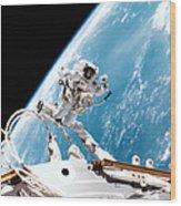 Iss Space Walk Wood Print
