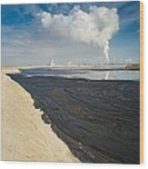 Oil Industry Pollution Wood Print by David Nunuk
