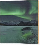 Reflected Aurora Over A Frozen Laksa Wood Print
