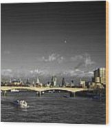 London  Skyline  Wood Print
