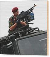 A Belgian Paratrooper Manning A Fn Mag Wood Print