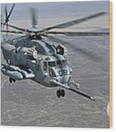 A Ch-53e Super Stallion Approaches Wood Print