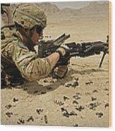 A Soldier Clears The Mk-48 Machine Gun Wood Print
