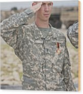 A U.s Army Soldier And Recipient Wood Print