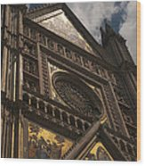 A View Upward At The Duomo Di Orvieto Wood Print
