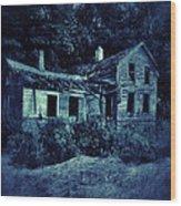 Abandoned House At Night Wood Print