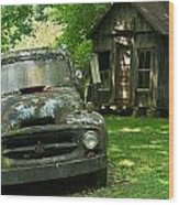 Abandoned Truck At Post Office Wood Print