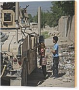 Afghan Children Ask U.s. Soldiers Wood Print