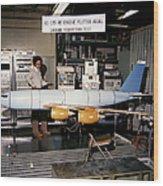 Aflutter Model Of A Kc-135 Stratotanker Wood Print