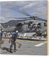 Airmen Prepare To Chock And Chain An Wood Print