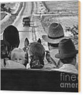 Amish Family Outing II Wood Print