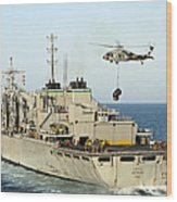 An Mh-60s Knighthawk Lifts Cargo Wood Print