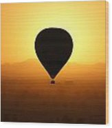 Balloon Over The Valley Of The Kings Wood Print