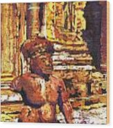 Banteay Srei Statue Wood Print