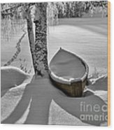 Bath And Snowy Rowboat Wood Print