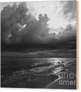 Beach In Black And White Wood Print