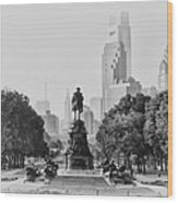 Benjamin Franklin Parkway In Black And White Wood Print by Bill Cannon