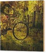 Bicyclist On The Move No. Ol4 Wood Print